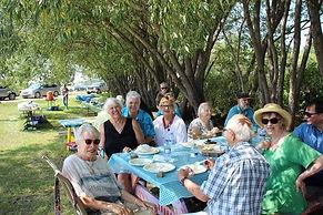 senior picnic.jpg