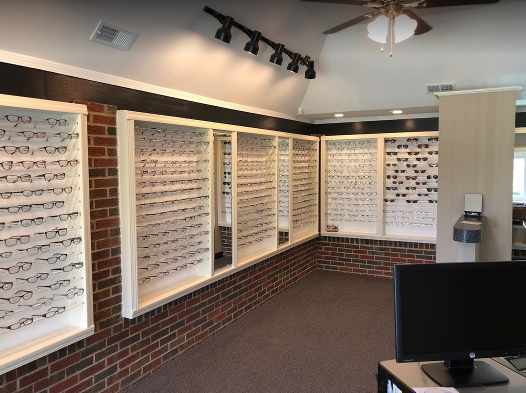 Optical store in Madison Heights