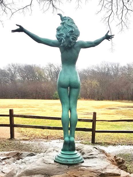Aurora - a bronze sculpture by Deran Wright