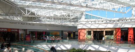 Centre commercial Carré Sénart.