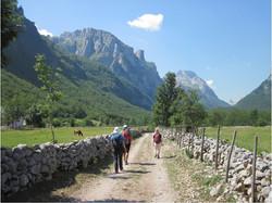Heading into the Ropojana Valley