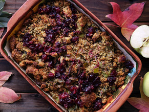 Apple cranberry crumble