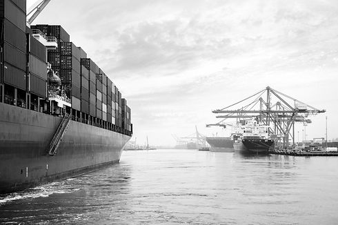 Container Ship_edited.jpg