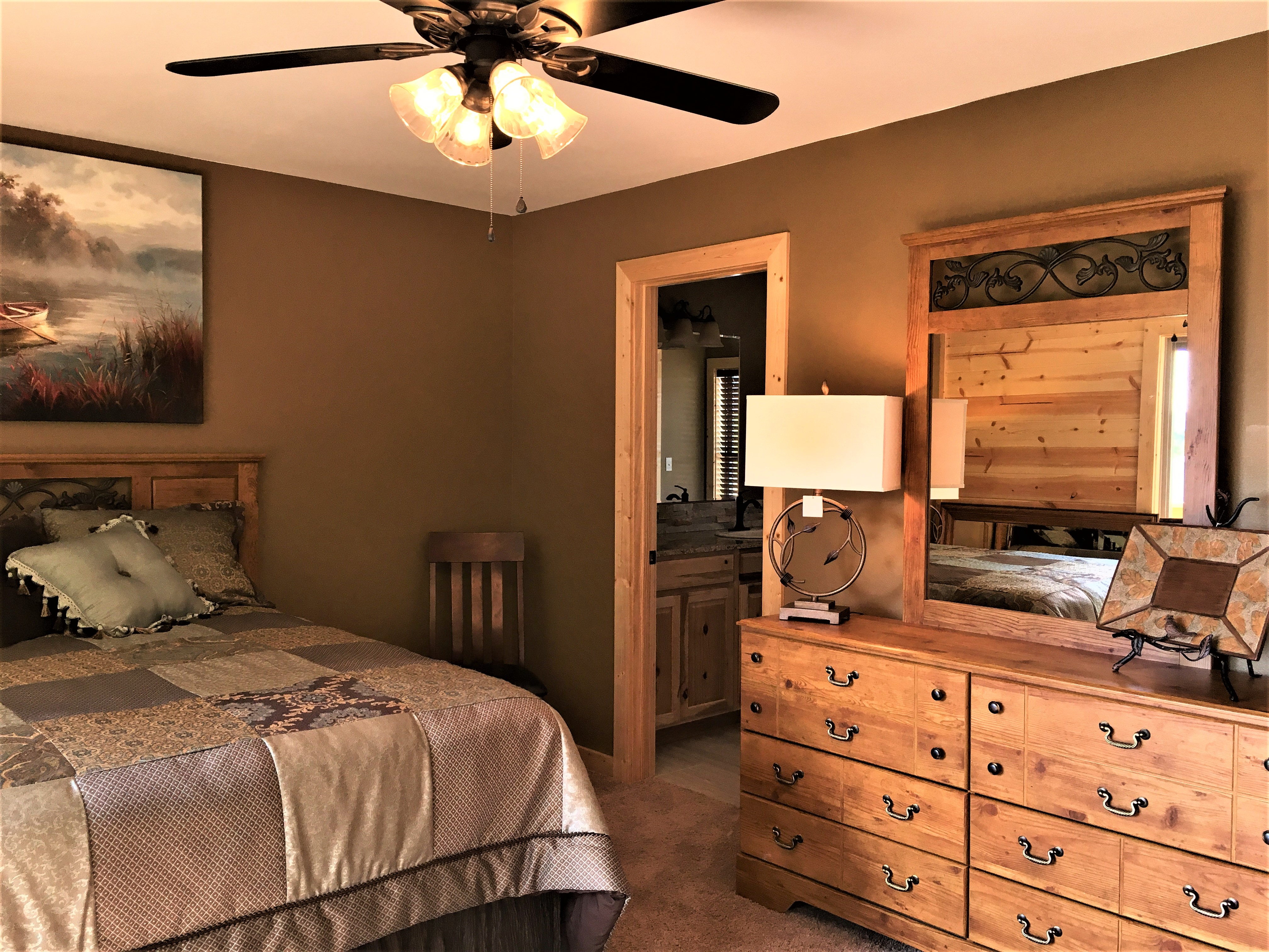 Master Bed 1 2.jpg