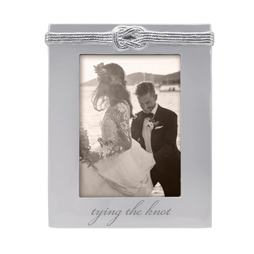 'tying the knot' frame