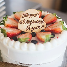 Whole Strawberry Shortcake         (8 inch)