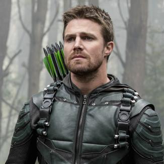 Um crossover entre Arrow e Supernatural não seria difícil de acontecer, acredita Stephen Amell