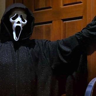 """O roteirista original de Scream diz que o novo filme é """"inventivo"""" e com homenagens"""
