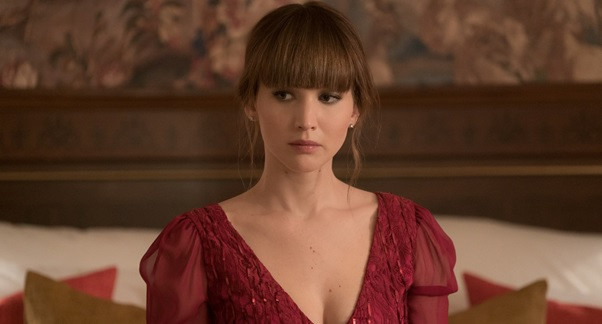 Jennifer Lawrence interpreta a bailarina Dominika Egorova (Imagem: 20th Century Fox/Divulgação)