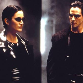Keanu Reeves e Carrie-Anne Moss falam porque decidiram fazer Matrix 4