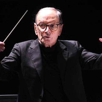 Ennio Morricone, compositor de trilhas de faroestes, morre aos 91 anos