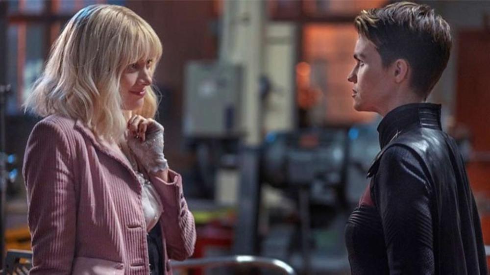 A relação entre a Batwoman (Ruby Rose) e Alice (Rachel Skarsten) é o ponto chave da primeira temporada (Foto: The CW / Reprodução)