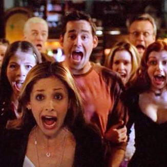 Diretora diz que filme Buffy: A Caça Vampiros não será igual a série