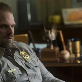 Estrela de Stranger Things diz que terceira temporada assumirá diversos riscos