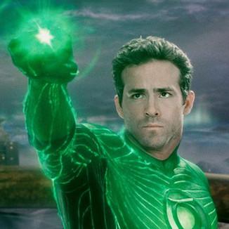 Criador de Deadpool quer Ryan Reynolds como Lanterna Verde novamente