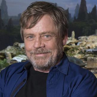 Mark Hamill diz que não acha uma boa ideia lançamentos anuais de Star Wars