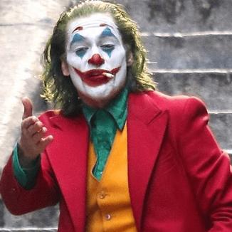Joaquin Phoenix relata conversa com o diretor sobre Coringa 2