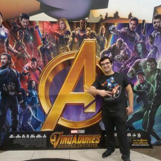 A emoção de ver e rever Vingadores no cinema