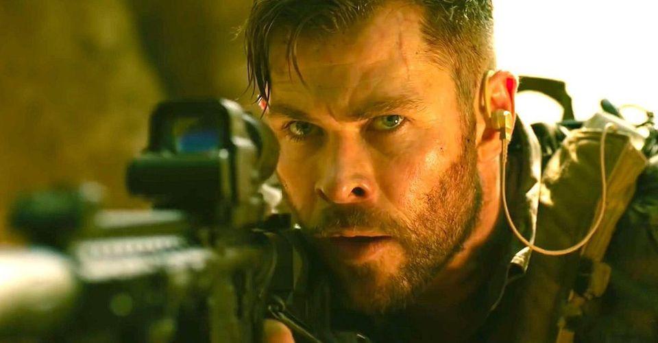Chris Hemsworth foi ao Instagram agradecer aos fãs pelo sucesso de seu mais novo filme, Resgate, que se tornou a maior estréia da Netflix (Foto: Netflix / Reprodução)