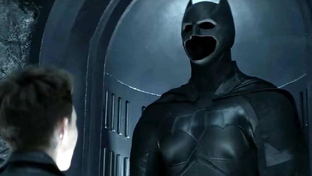 Prima de Bruce Wayne, a rebelde Kate Kane precisa encarar o fato de dar continuidade ao legado do Batman em Gotham City (Foto: The CW / Reprodução)