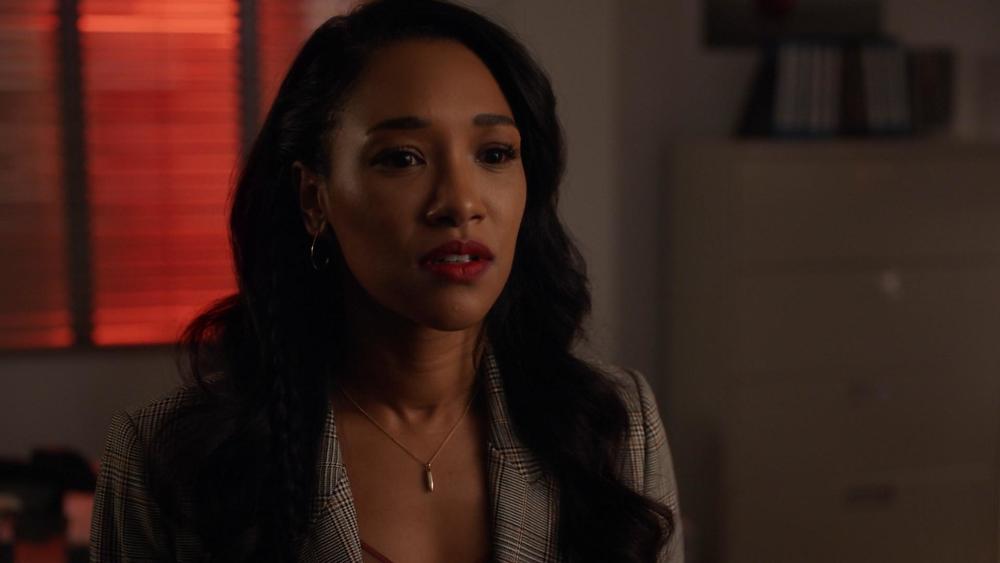 Iris West (Candice Patton) até o momento não definiu a sua importância na série, além de ser o par romântico do Flash (Foto: The CW / Reprodução)