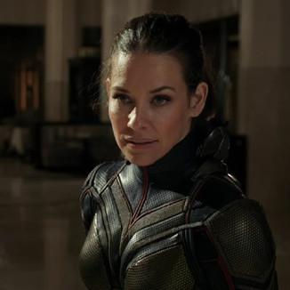 Evangeline Lilly fala sobre trabalhar com a Capitã Marvel em Vingadores 4