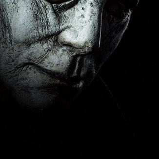 """Novo poster de """"Halloween"""" revela um Michael Myers envelhecido"""