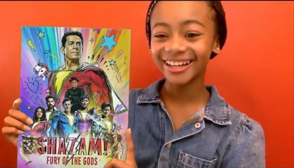 A atriz Faithe C. Herman divulgou durante o DC FanDome o poster de Shazam!: Fury of The Gods, que estreia em 2022 (Imagem: DC FanDome / Reprodução)