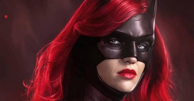 Com a saída da atriz Ruby Rose do papel principal, a CW terá trabalho para achar uma reposição a altura (Foto: The CW / Reprodução)