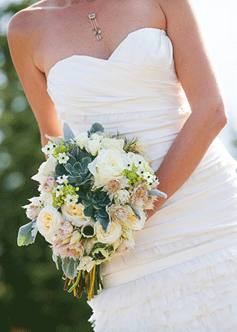 333px-BridalBouquet-TreadwayWed0445.png