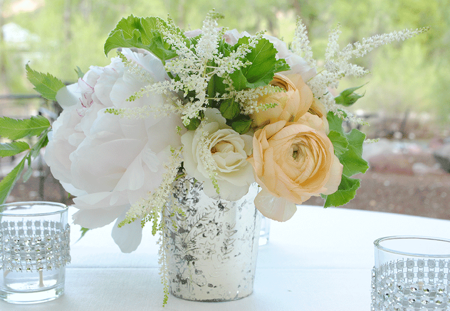 Peony and Ranunculus Table