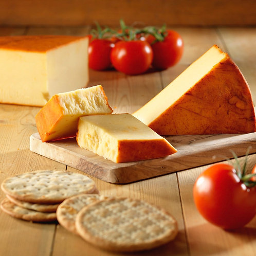 """Smoked Cheddar with Paprika """"Charnwood"""" (Approx. 250g)"""