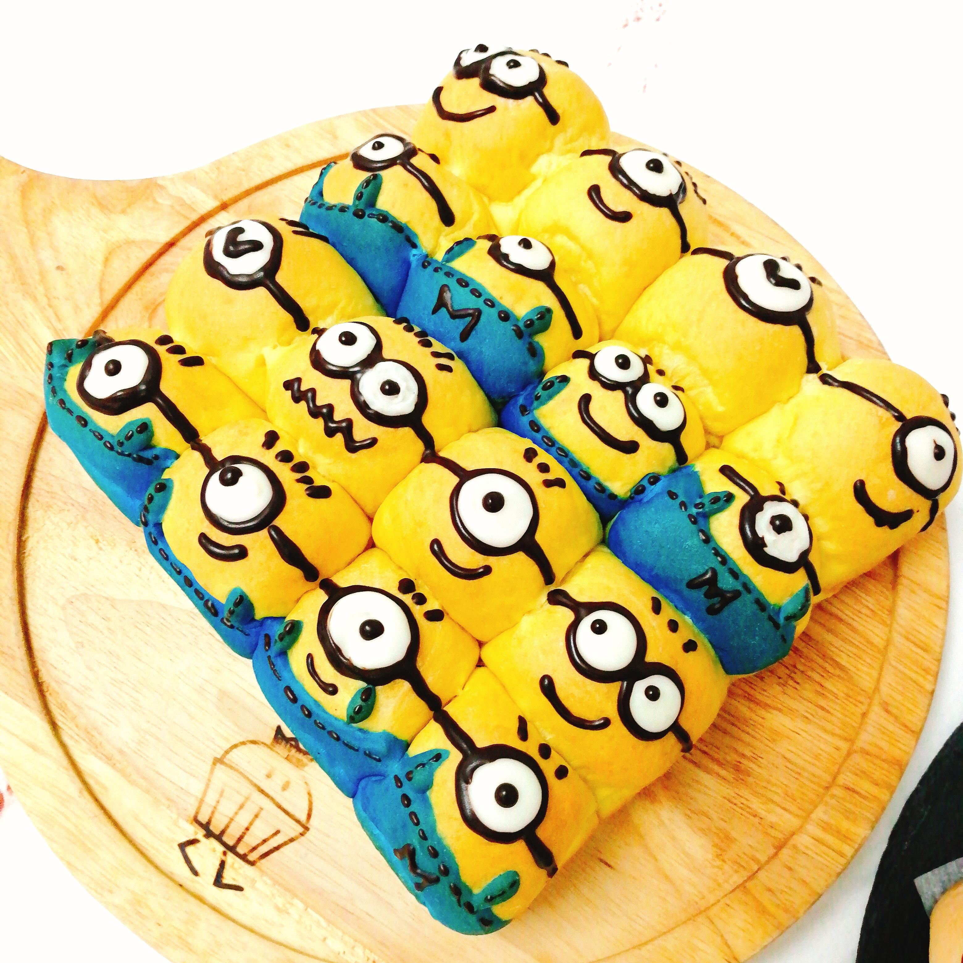 Minions 甜軟手撕麵包