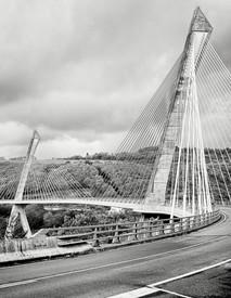Pont de Térénez, France-7.jpg