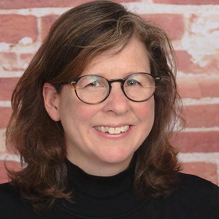 Author headshot of Elizabeth de Veer