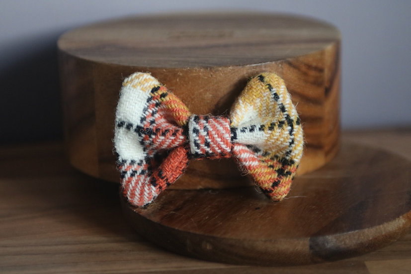 The Sugar and Spice Harris Tweed Bow