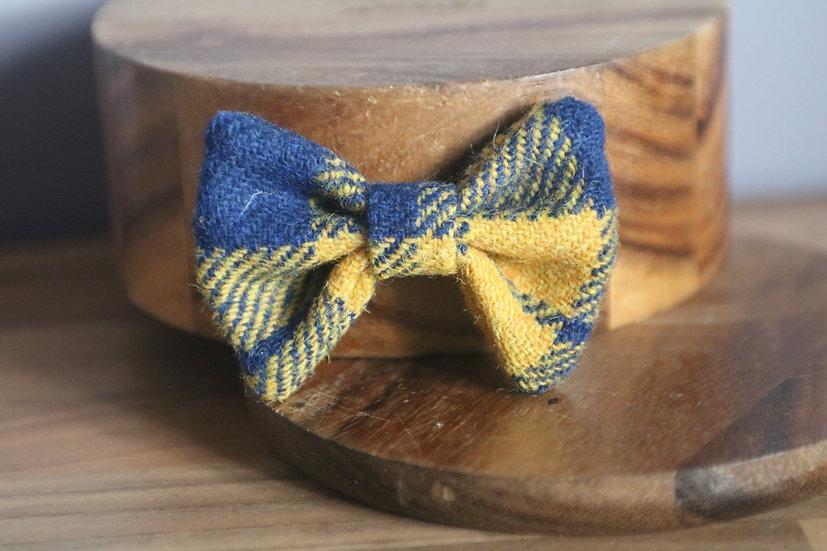 The Billy Harris Tweed Bow