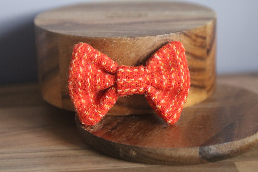 The Pumpkin Pie Harris Tweed Bow