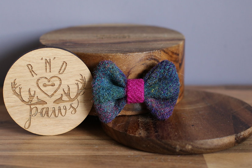 Small Green and Pink Harris Tweed Bow