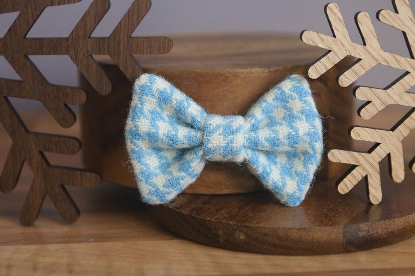 The Snowdrop Harris Tweed Bow