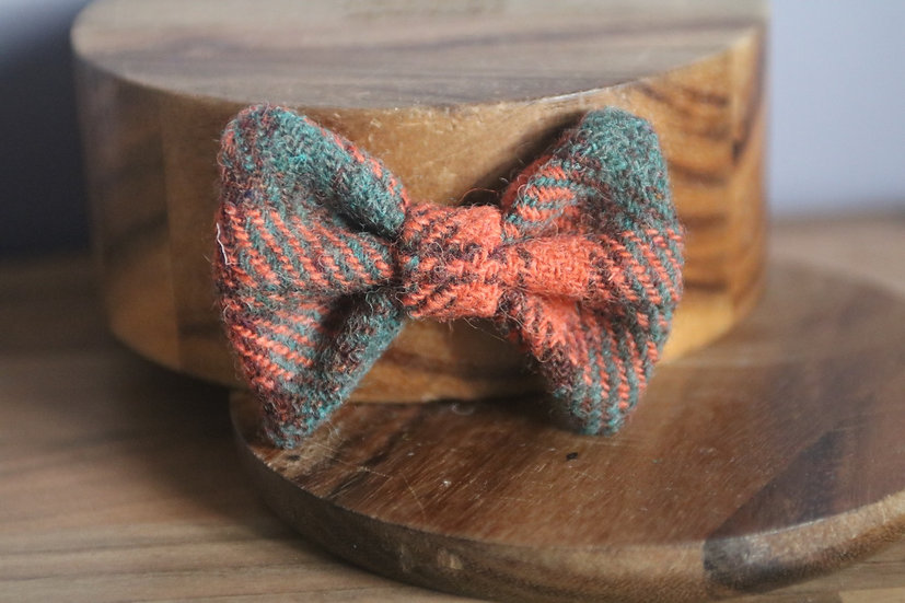 The Pumpkin Patch Harris Tweed Bow