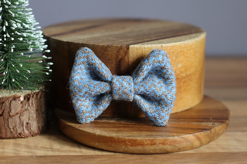 The Icicle Harris Tweed Bow