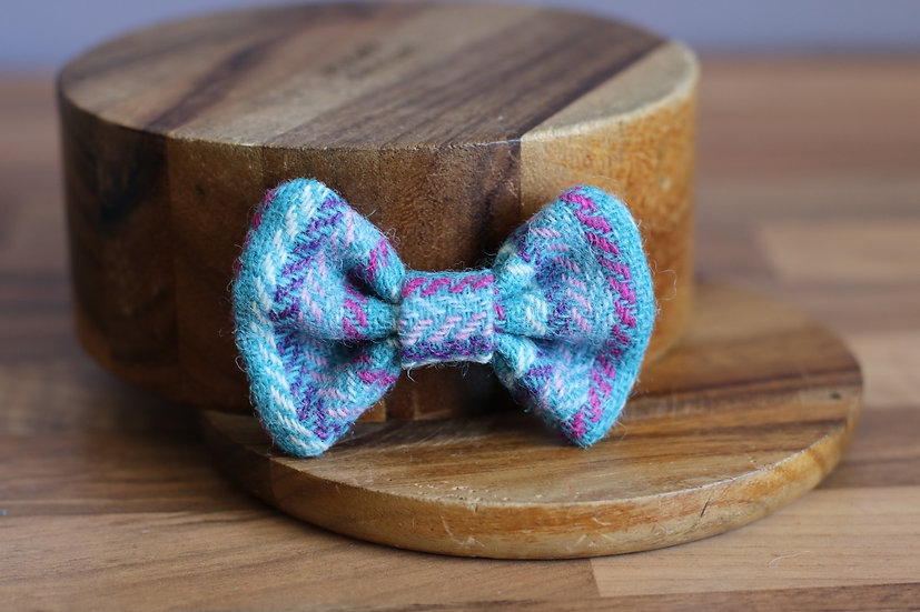 The Bubblegum Harris Tweed Bow