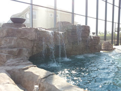 Swimming pool grotto 16
