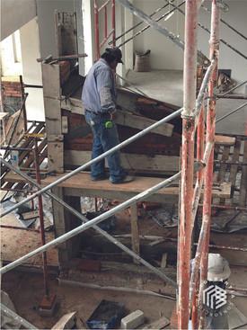 construccion-escalera-consorcio-caza-arq