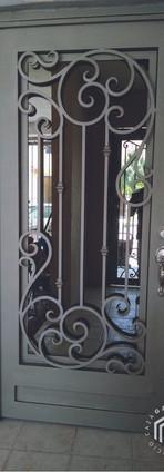 puerta-herreria-1-consorcio-caza-100.jpg