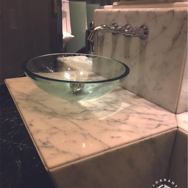 baño-marmol-barra-consorcio-caza-arquit