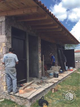 instalacion-puerta-herreria-consorcio-ca