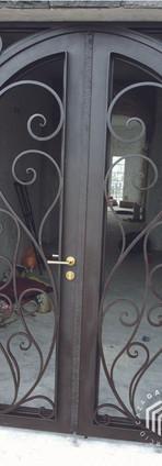 puerta-2-herreria-consorcio-caza-100.jpg