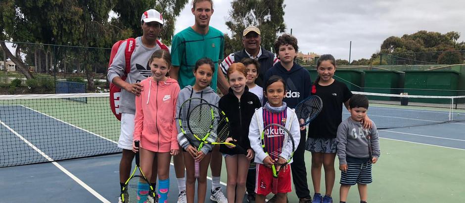 Escuela de Tenis en Club Santa María del Mar